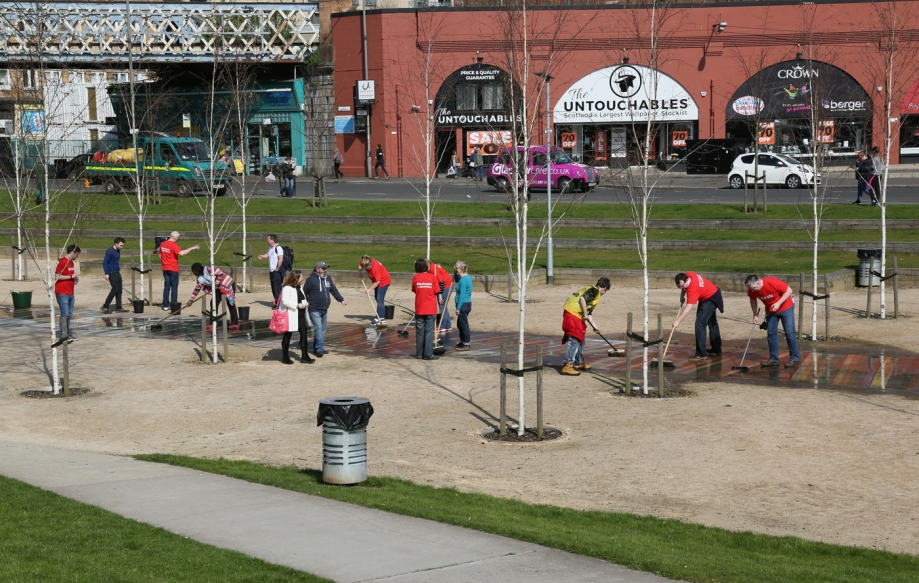 Fans Of group cleaning the Pathway.jpg